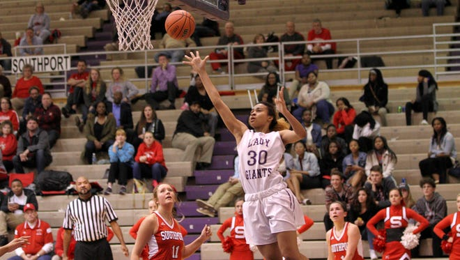 Ben Davis' Diamond Williams puts up a shot in the Giants' sectional win over Southport on Tuesday.