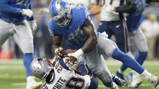 Jarrad Davis had his problems against the Patriots, but he still had eight tackles in the third preseason game to lead the Lions, including one on James White.