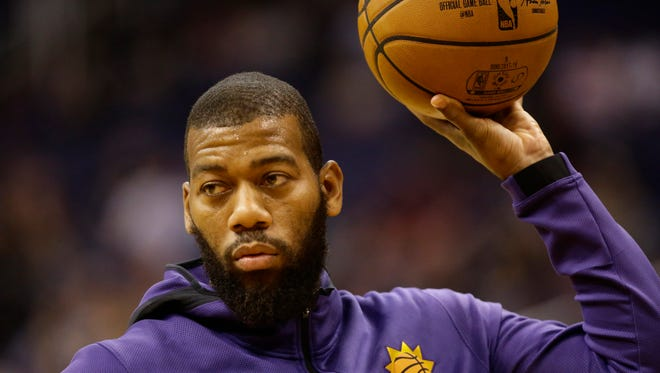 Phoenix Suns Greg Monroe prepares to play against the Houston Rockets in the first half on Nov. 16, 2017 at Taking Stick Resort Arena in Phoenix, Ariz.