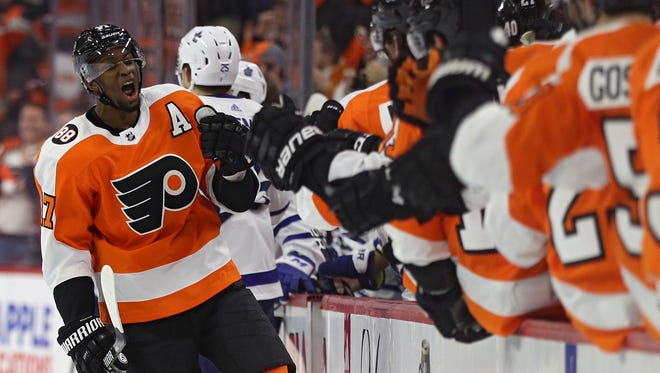 Wayne Simmonds and the Flyers worked their way back into a playoff spot, but need to keep it 33 games from now.