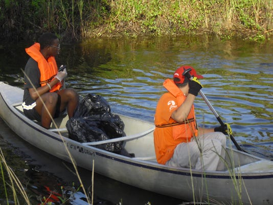 golden gate HS students at 2013 coastal cleanup.JPG