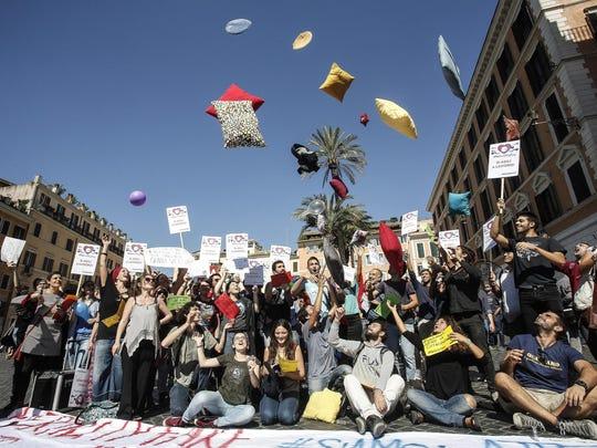 """Demonstrators protest against """"Fertilty Day"""" outside"""