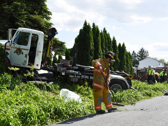 Jackson Township — Emergency crews were dispatched to a two-vehicle crash at North Fairlane Avenue and West Lincoln Avenue on Thursday, May 19, 2016. There were no injuries, but there was a minor fuel leak from a truck, according to officials on the scene. Goodwill and Keystone Myerstown fire companies, First Aid and Safety Patrol, Myerstown EMS, and Lebanon County Hazmat Team were dispatched to 3:08 p.m. crash. A police report was not immediately available.