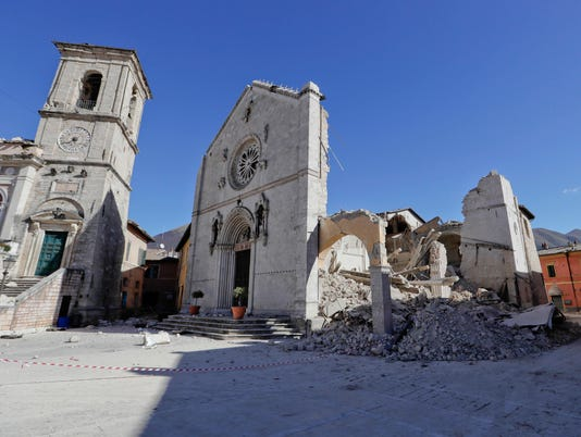 636135355308792895-Cathedral-Norcia.jpg