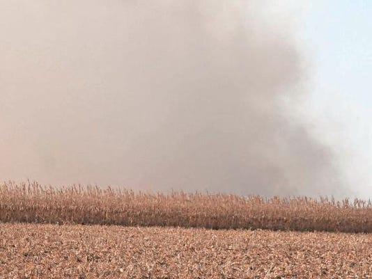 635809441753076393-grass-fire-smoke