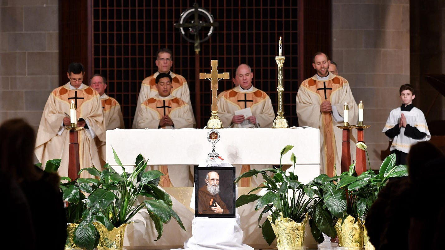People gather for celebratory Mass over Solanus Casey