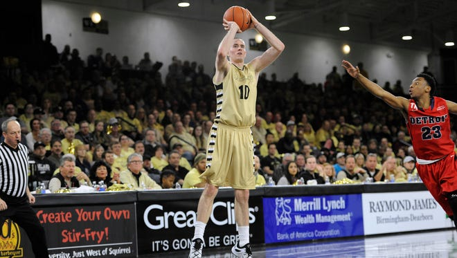 The Westchester Knicks took 3-point specialist Max Hooper with the 16th overall pick in the 2016 NBADL Draft. He was the Horizon League's Sixth Man of the Year at Oakland University last season.