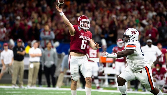 Oklahoma quarterback Baker Mayfield (6) throws a pass