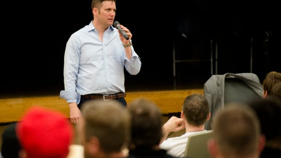 Richard Spencer speaks on Auburn Campus at Auburn University