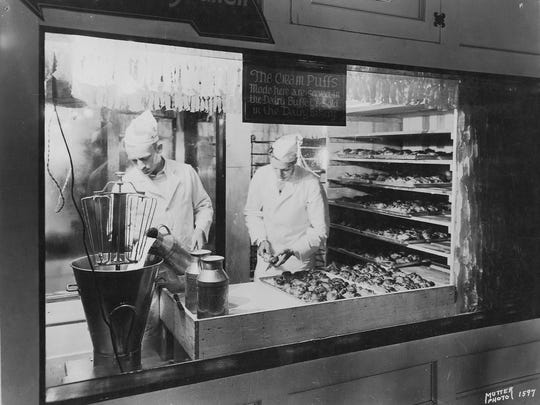 In 1924 the Wisconsin State Fair teamed up with the Wisconsin Bakers Association to create the fair's glass-windowed Dairy Bakery, designed to promote the use of Wisconsin dairy products.