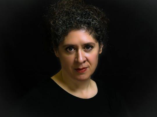 Lucille Guinta-Bates