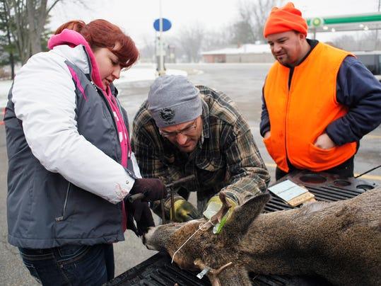 -APC Deer Hunt Opener112214_rbp201.jpg_20141122.jpg