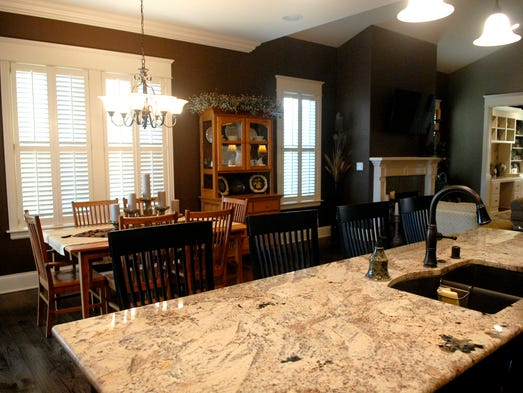 Tour The Norton Commons Home Of Bruce And Carolyn Repp