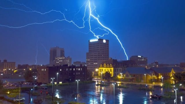 Thunderstorms, some severe, are possible in the Evansville area Saturday night.