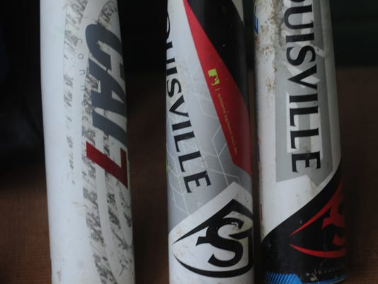 636625206009112136-Baseball-bats.jpg