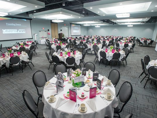 041415 Holiday Inn Conference District Banquet Room.jpg