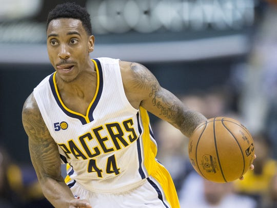 Jeff Teague of Indiana, brings the ball upcourt, Chicago