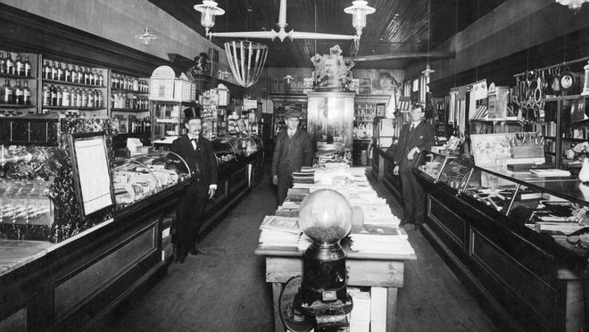 Gaige's South Side Drug store on Vestal Avenue, around 1890.