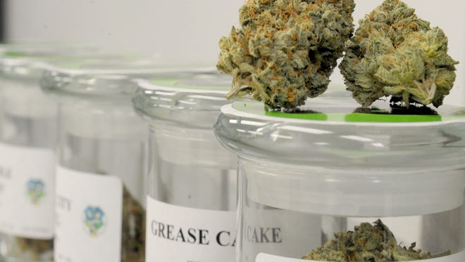 The Oxnard City Council has approved an ordinance that allows for the delivery of medicinal marijuana.