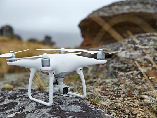 Phantom_4_drone