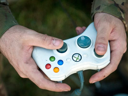 Electronics keep soldiers safe distance from IEDs