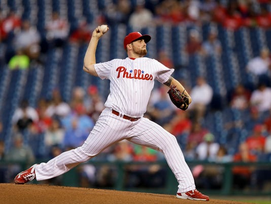 Philadelphia Phillies' Alec Asher pitches during the first inning of a baseball game against the Pittsburgh Pirates, Tuesday, Sept. 13, 2016, in Philadelphia. (AP Photo/Matt Slocum)
