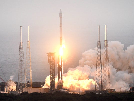Atlas v cygnus blast off from cape canaveral to iss for Space station florida
