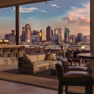 Hotels reach new heights with rooftop bars
