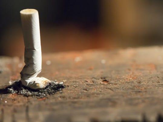 smoking-gettyimages-504910998_large.jpg