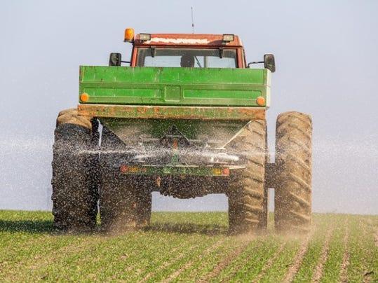 081-fertilizer-application_large.jpg