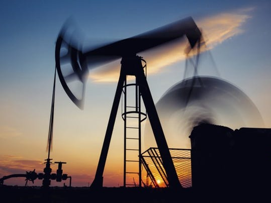 oil-or-gas-pumjack-in-motion_large.jpg
