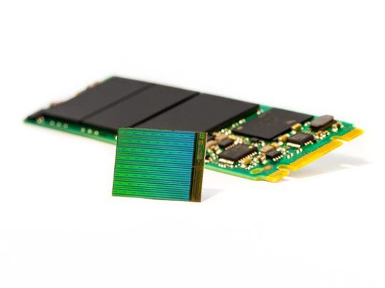 high_res_3d_nand_die_w_m2_ssd_large_large.jpg
