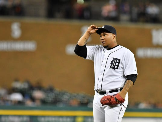 2017-0627-rb-tigers-royals1014