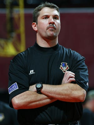 Mike Neu, shown here coaching the New Orleans VooDoo, is expected to accept the offer to become Ball State's new football coach. Neu was the quarterbacks coach for the New Orleans Saints the past two seasons.