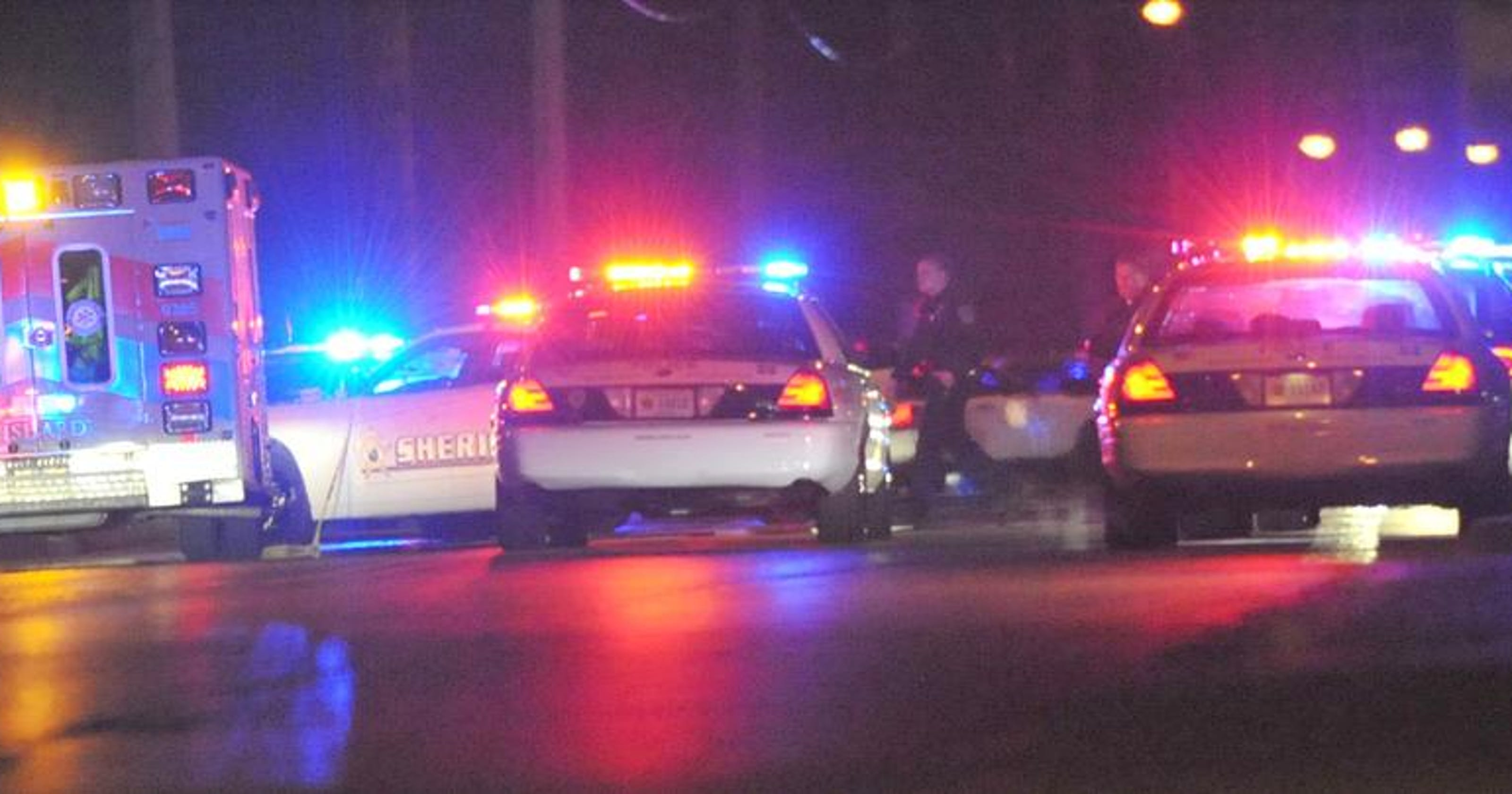 IMPD chase ends in crash, search for suspect after
