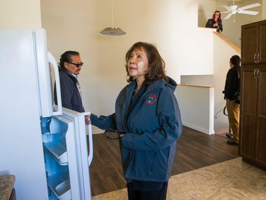 Navajo housing agency under fire again from feds