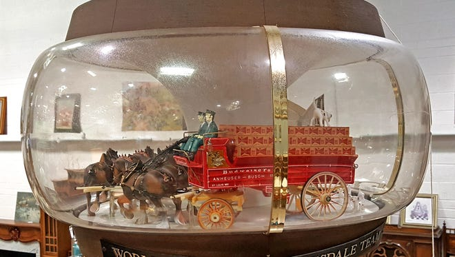 This vintage 1960s Budweiser Clydesdale hanging chandelier recently sold at auction for $590.