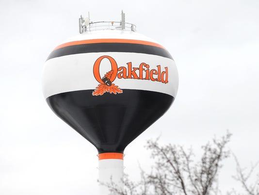 FON 021815 oakfield water tower