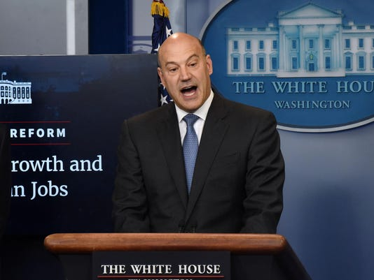 Gary Cohn publicly criticizes Trumpís Charlottesville response and reportedly came close to resigning over it