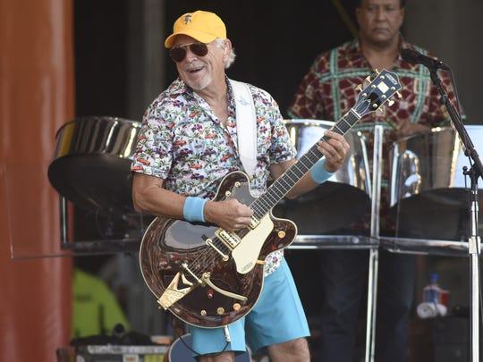 Singer/songwriter Jimmy Buffett is also a pretty good golfer.