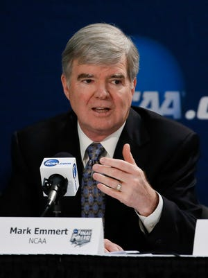 Mark Emmert will testify Thursday in Oakland.