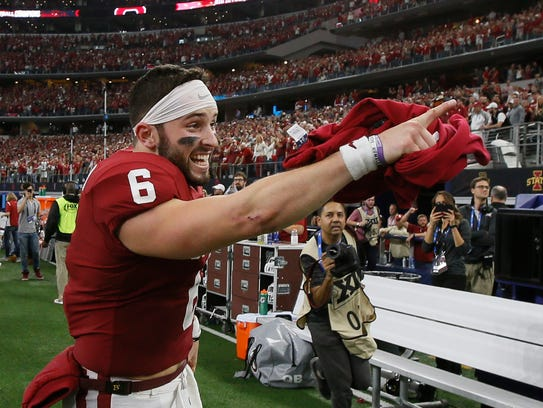 Oklahoma Sooners quarterback Baker Mayfield (6) points