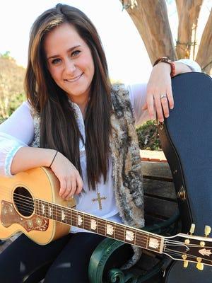 Skylar Laine will perform in the season finale of 'American Idol.'