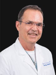 Dr. DarioArango