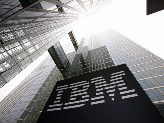 """El logotipo de IBM en un edificio. """"Pancho ="""" 540 """"data-mycapture-src ="""" """"data-mycapture-sm-src ="""" """"/> <meta itemprop="""