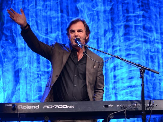 "Journey's Jonathan Cain will be among the ""rock legends"" participating in the Nashville Rock 'N' Roll Fantasy Camp."