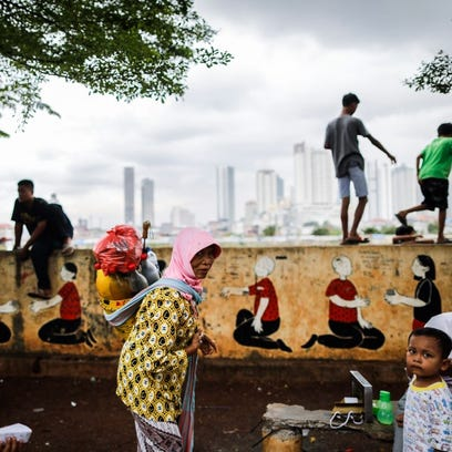 Study: 8 people have same wealth as world's poorest half