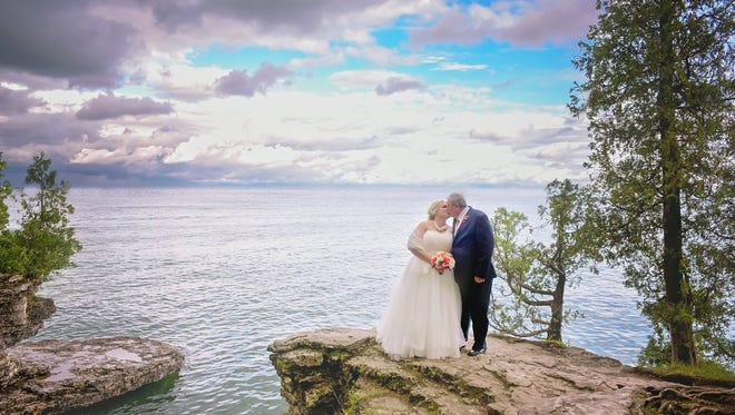 Samantha Newton and Steven Geurts were married in Door County on Sept. 10, 2016.