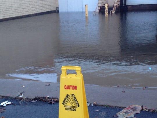 floodedloadingdockJPG