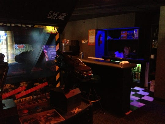 The Bonus Round bar combines beer, pizza and arcade games.